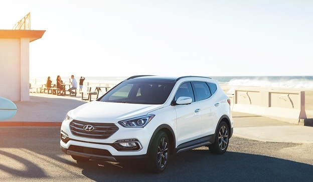 2017 hyundai santa fe launched in multiple trim levels. Black Bedroom Furniture Sets. Home Design Ideas