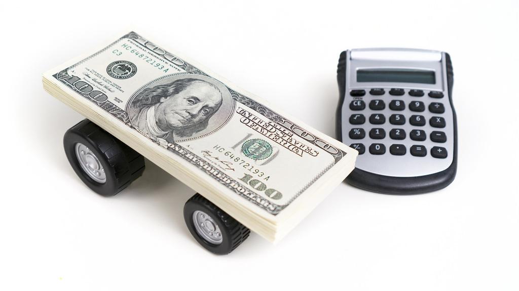 Car Value Calculator Contributing Factors For Luxury Valuation